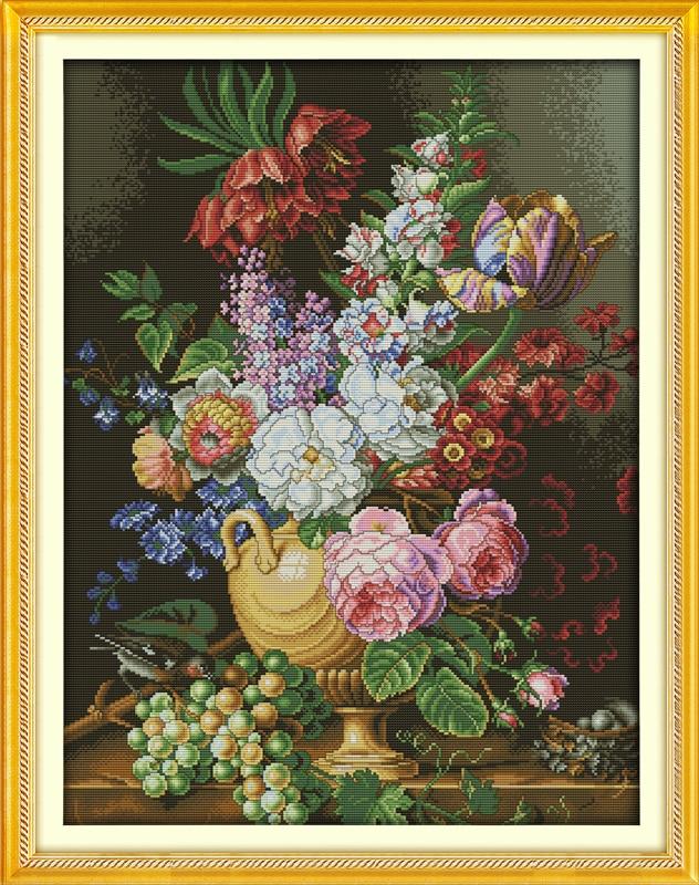 Beautiful vase cross stitch