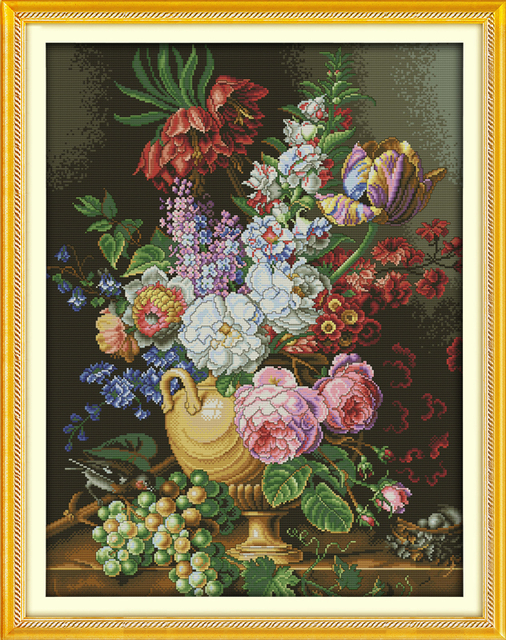 Beautiful vase cross stitch