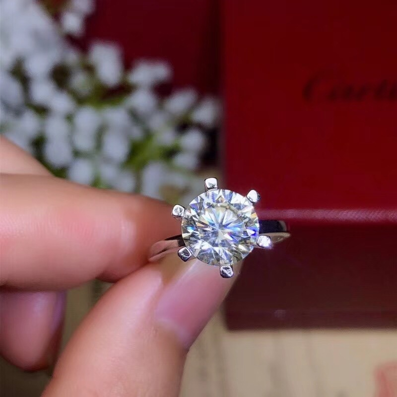 moissanite Classic style super hot gems comparable to diamonds 1 carat 2 carats