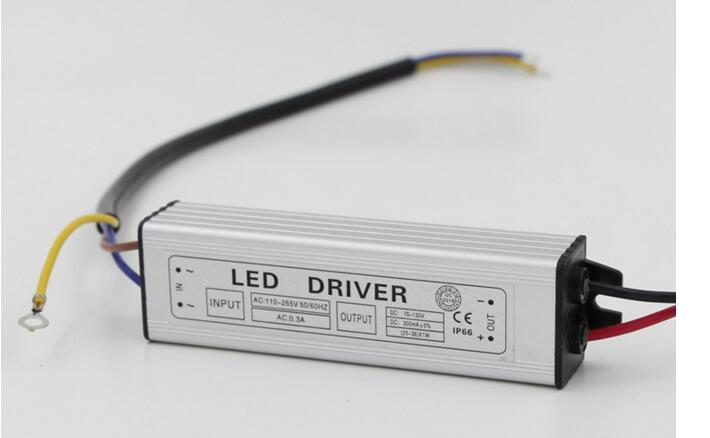 IP66 водонепроницаемый драйвер постоянного тока для 25-36*1 Вт Высокая мощность СВЕТОДИОДНЫЙ AC90-260V до DC85-130V 300мА