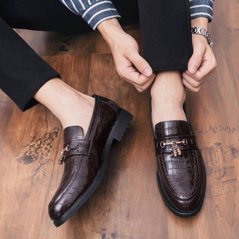 En Style Italien Chaussures Luxe Peau Mocassins Noir Robe Cuir Crocodile Plaid Bureau Mariage Grande Hommes marron Marque Taille De nvpwqXnz