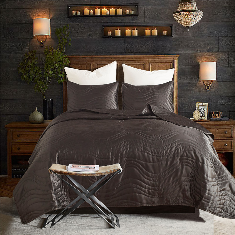 Embroidery Quilted Bedspread 3Pcs Silk Washable Lightweight Quilt Pillow Case Queen King Size Blanket Bed Coverlet Smooth Soft  Embroidery Quilted Bedspread 3Pcs Silk Washable Lightweight Quilt Pillow Case Queen King Size Blanket Bed Coverlet Smooth Soft