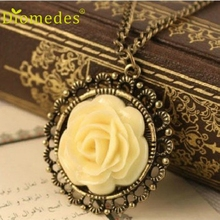 Creative Lovely Retro Style Necklace Flower Round Pendant Fashion Sweater Coat Long Chain Elegant Pendant Necklace