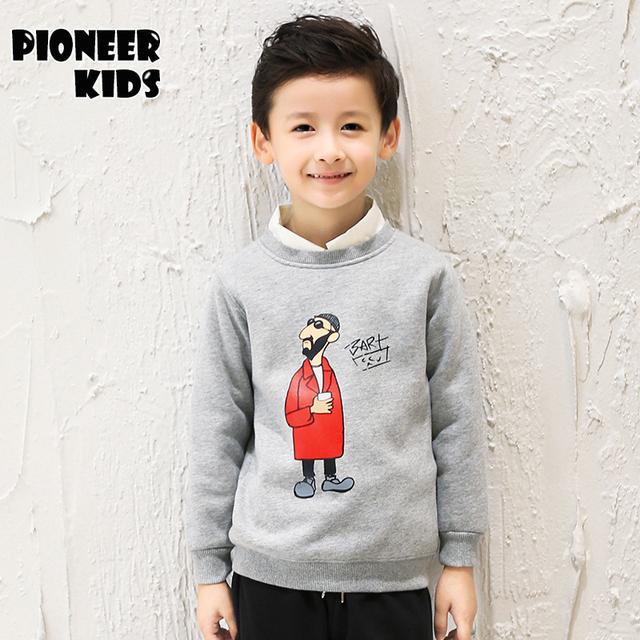Pioneer niños 2016 nueva moda de invierno, además de terciopelo sudaderas niños de manga larga jerseys warm abrigos cabritos de los niños tops ropa 6t857
