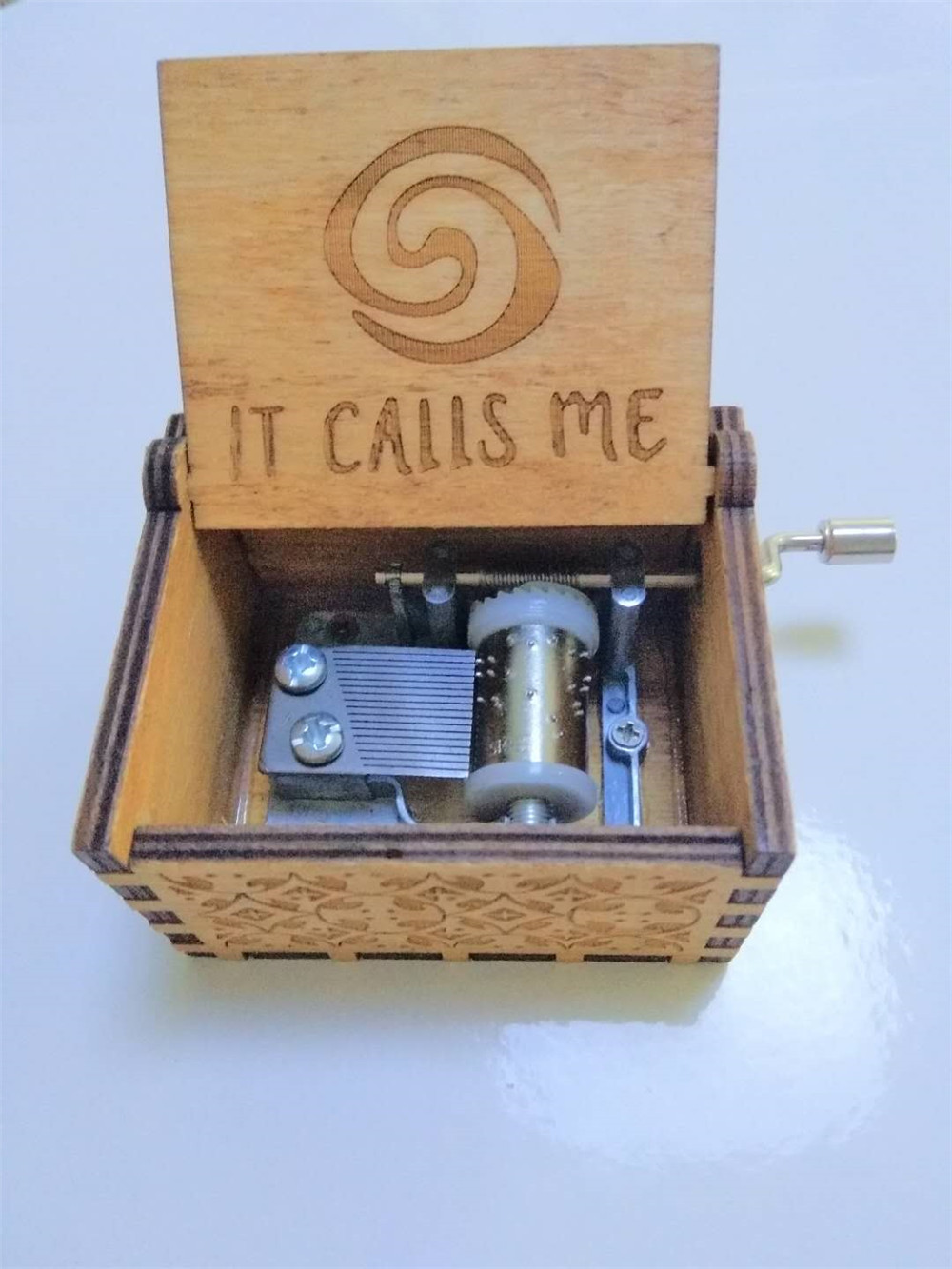 Moana It Calls Me Music Box Wooden Music Box wooden hand crank Hand-Crafted Island Princ ...