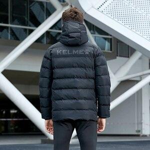 Image 2 - KELME Männer der Baumwolle Jacke Paar Mit Kapuze Warme Mantel Ausbildung Sport Team Uniform Baumwolle Gefütterte Mantel 3881405