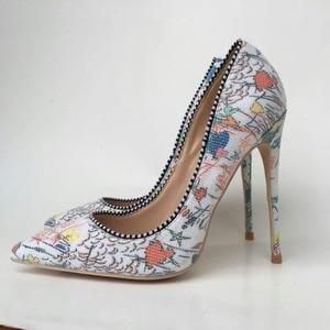 Image 1 - Keshangjiaプラス女性靴2018女の子セクシーなハイヒールプリントマルチ色ハイヒール12 10 8cm結婚式の靴