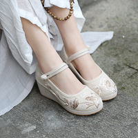 2019 New China Beijing Cotton Fabric Shoes National Embroidery Shoe Slope and OXY Bottom Comfortable Cloth Shoes Women Shoes