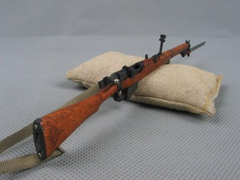 цена на 1/6 Scale WWII British Army Lee Enfield Rifle Metal Gun Weapon Model Toys For 12
