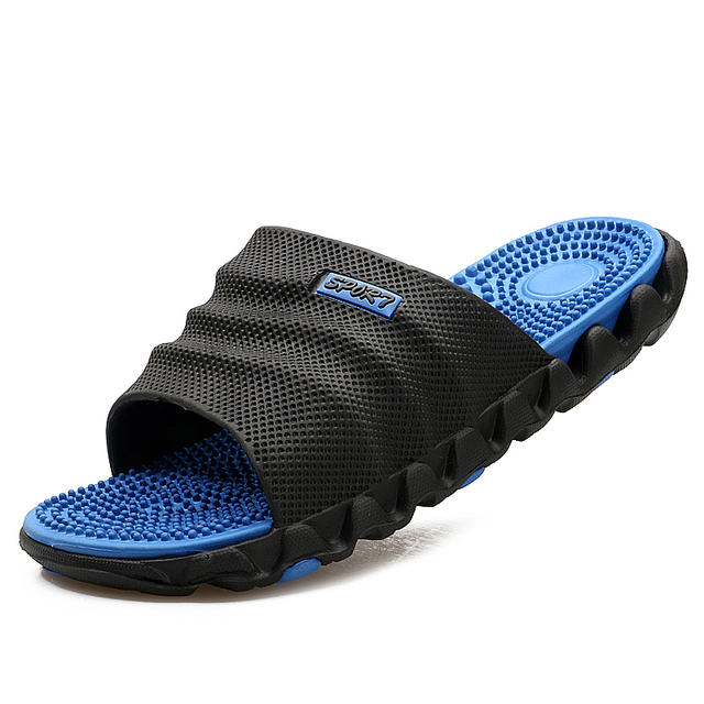 2017 New Fashion Men Sandals Breathable Beach Shoes Super Light Outdoor Flat Flip Slip Summer Slippers Men Sandalias Hombre