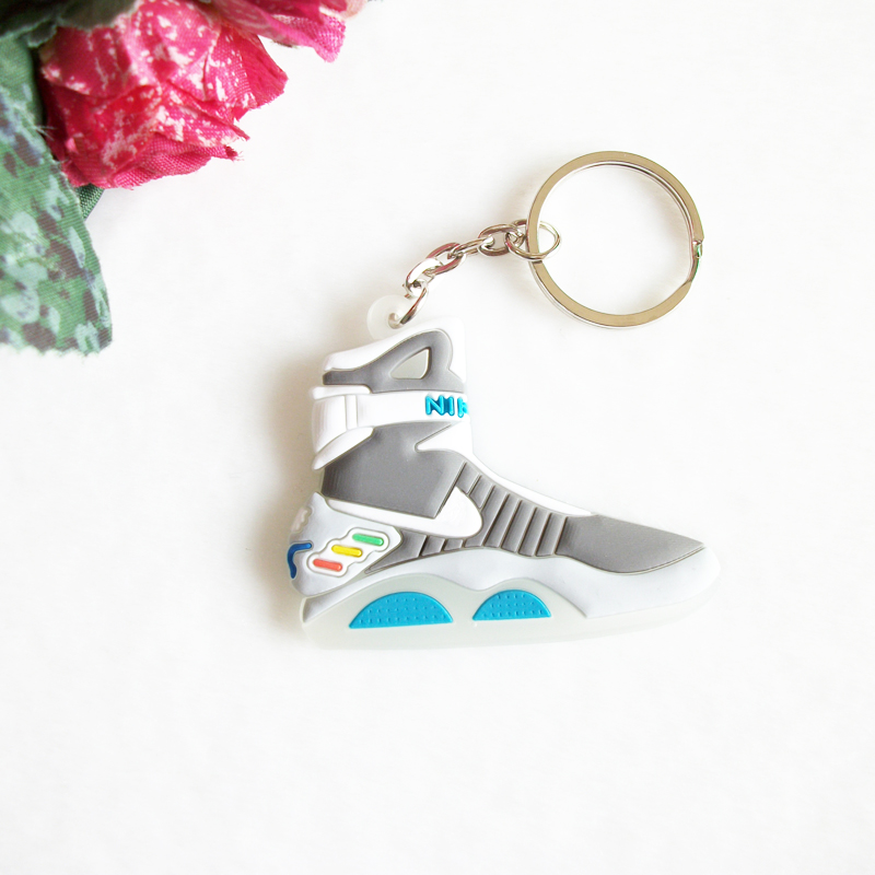 Mini Silicone Back To The Future II Glow In The Dark Air Mag Keychain Kids Key Rings Sneaker Key Holder Jordan Shoes Key Chain