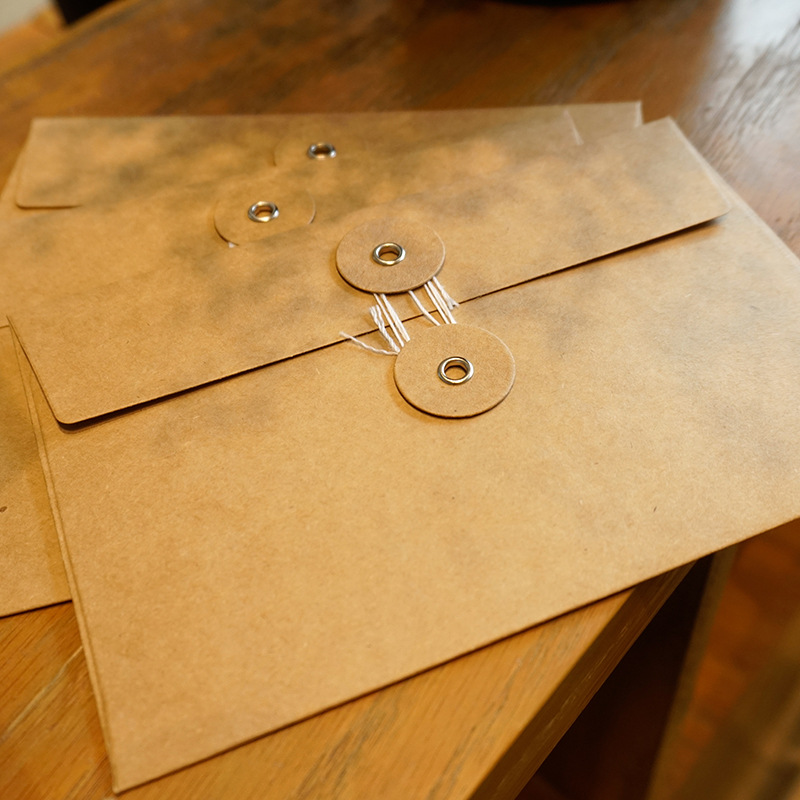 Image 2 - 50pieces/set of vintage buckled kraft paper blank paper window envelope wedding invitation envelope/gift envelope/thick postcard-in Paper Envelopes from Office & School Supplies