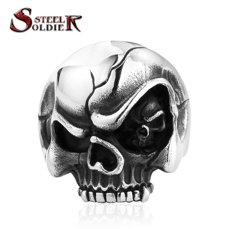 steel soldier Skull In The skull Eye Personlity Biker Skull Rings men s skull ring Punk