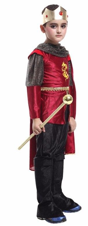 King Costume 1