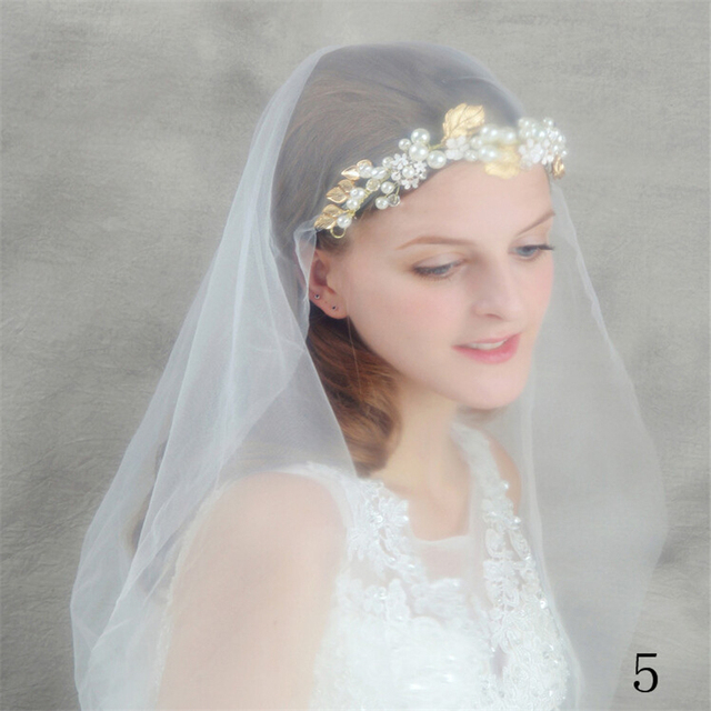 Vintage Crystals Veil Hair Jewelry 2016 Pearls Flowers Bridal Hats Beaded Handmade for Brides Wedding Accessories