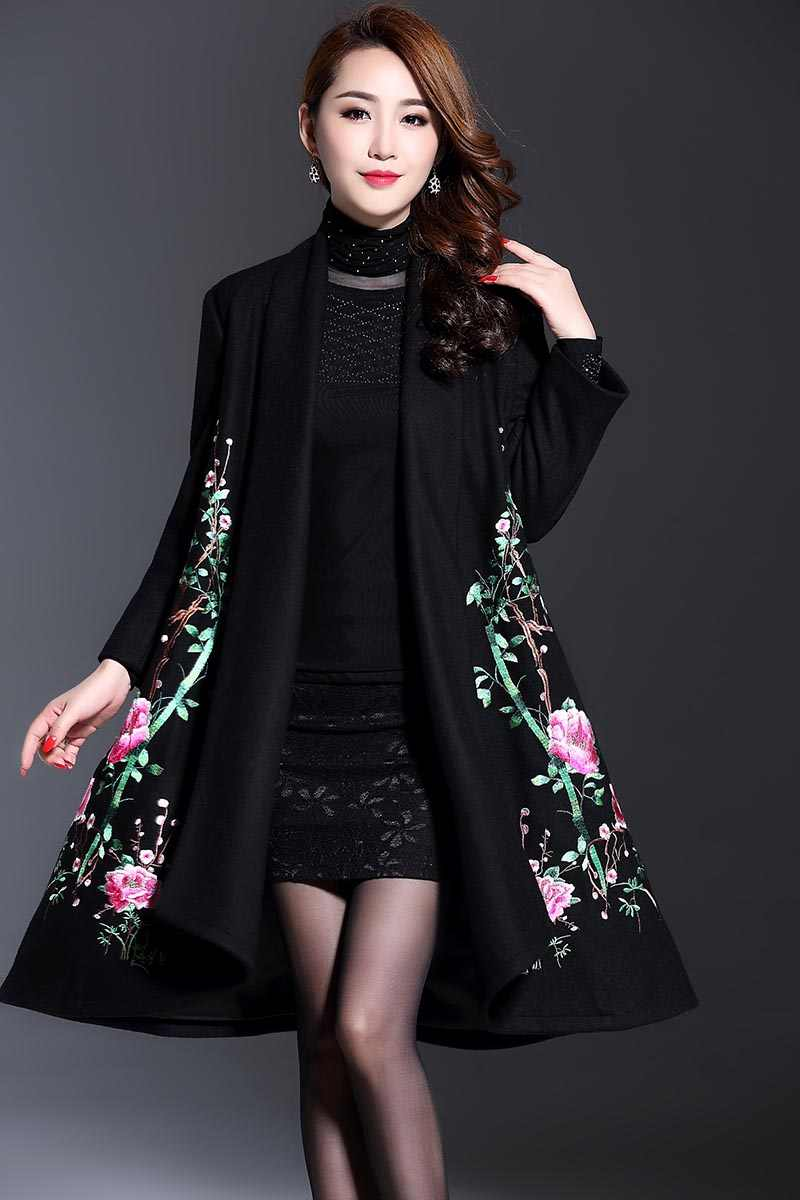 a4d392123c1 ... Vintage royal embroidery Winter wool coats woman Chinese style runway  lady elegant plus size loose trench ...