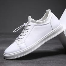 Desai 2019 ربيع جديد حذاء رجالي جلد طبيعي الأزياء الأبيض رياضي الرجال حذاء كاجوال ضوء ارتداء مريحة أحذية مشي