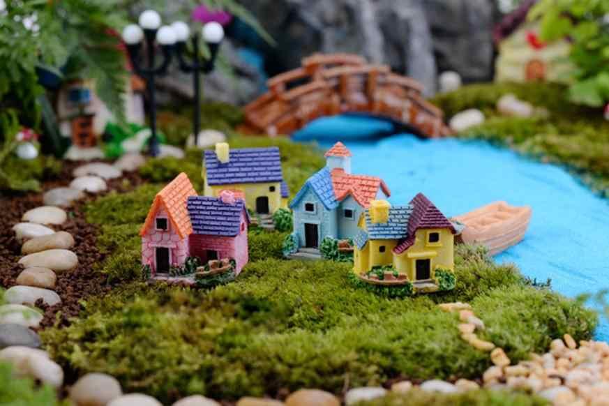 1Pc Cute Mini Resin House Miniature House Fairy Garden Micro Landscape Home Gard vintage figurine home decoration accessories