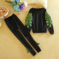 Two Piece Crop Top and Pants Sportswear Autumn 2017 Fashion Design Long Sleeve Feathers Runway Womens Tracksuit Set Pants Suit