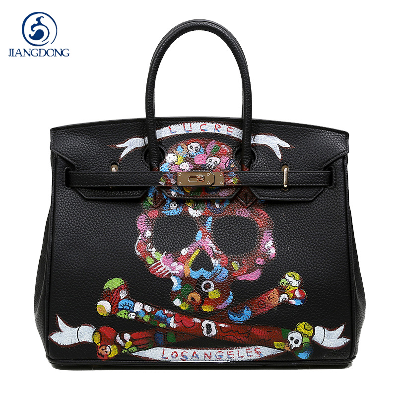 2016High Quality Famous Brands Women Bag PU Leather Handbags Tote Bags Golden Lock Big handwriting cartoon
