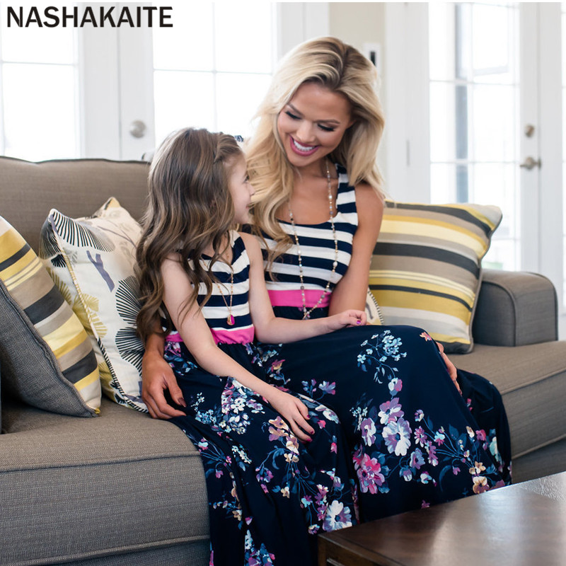HTB1tXtVaozrK1RjSspmq6AOdFXay - NASHAKAITE Mother daughter dresses Floral Printed Long Dress Mommy and me clothes Family matching clothes Mom and daughter dress