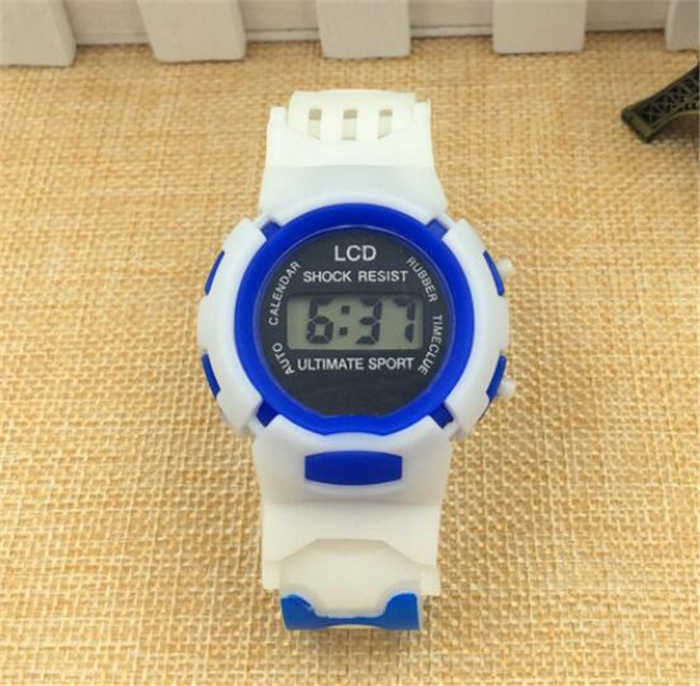 relogio masculino Hot LED Electronic Sports Watch children watches hot sale hour clock W323
