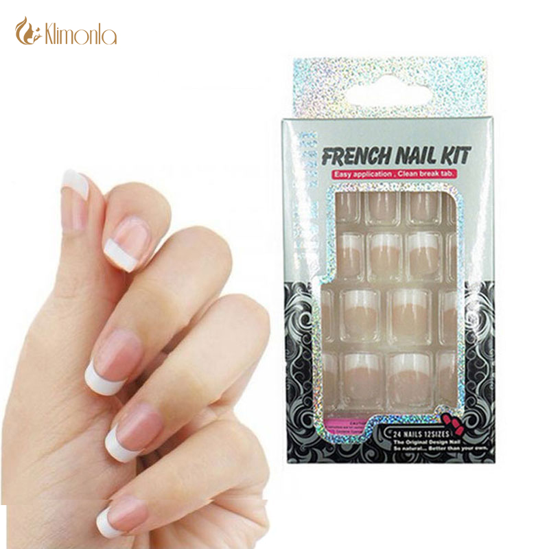 24 PCS Nail Art Tips Classic French New Girls / Bride Pieza de uñas francesa con diseño de moda ABS Uña falsa Media punta de uña con pegamento