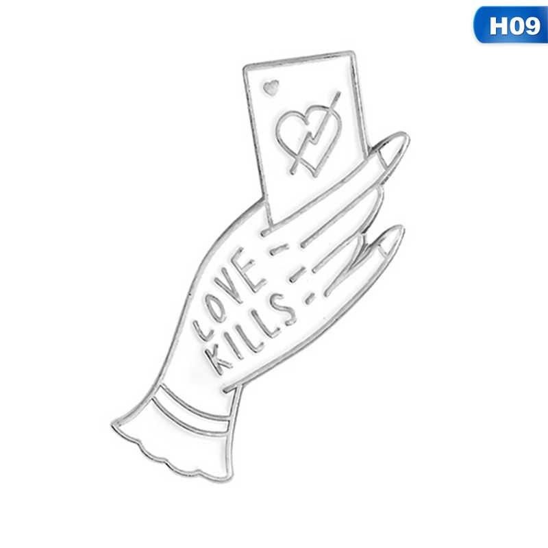 Draw Cinta atau Mati Love Kills Tangan dengan Ular Rose Bros Emas Perak Enamel Pin Tombol Gelap Punk Pin set Lencana