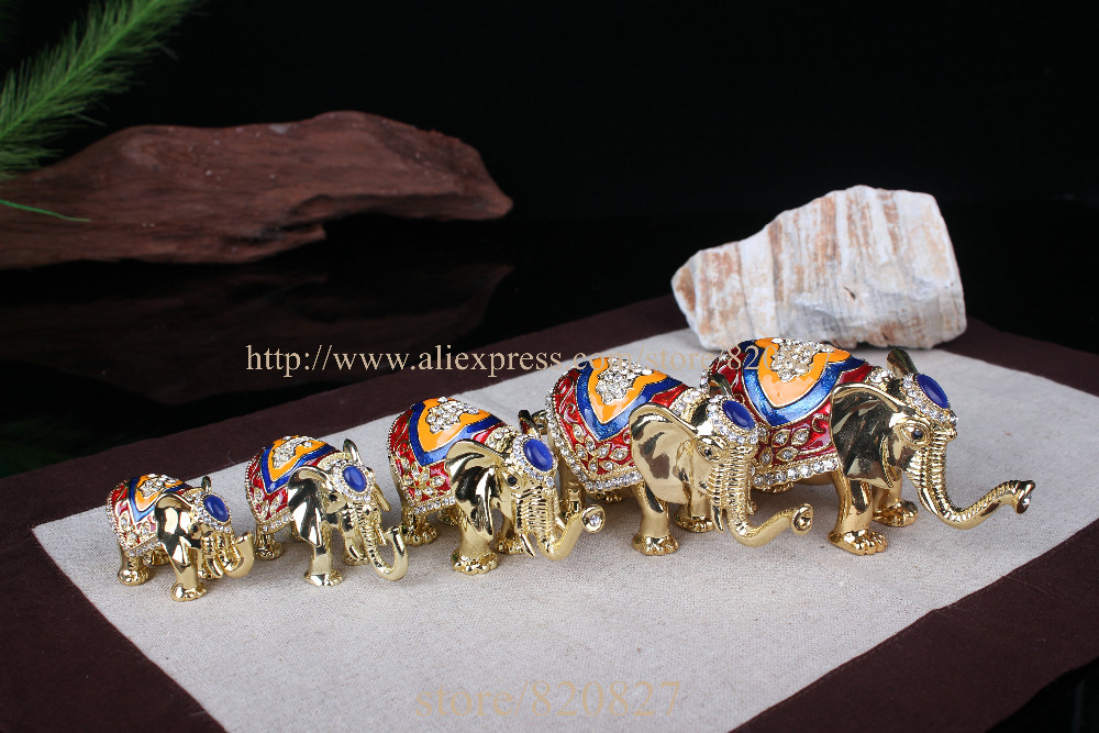 Antico 5 pz/set Thailandia elefante decor statuto scatola di gioielli di metallo per il ricordo colorato elefante trinket box glod elephant craft-in Confezioni e espositori per gioielli da Gioielli e accessori su  Gruppo 3