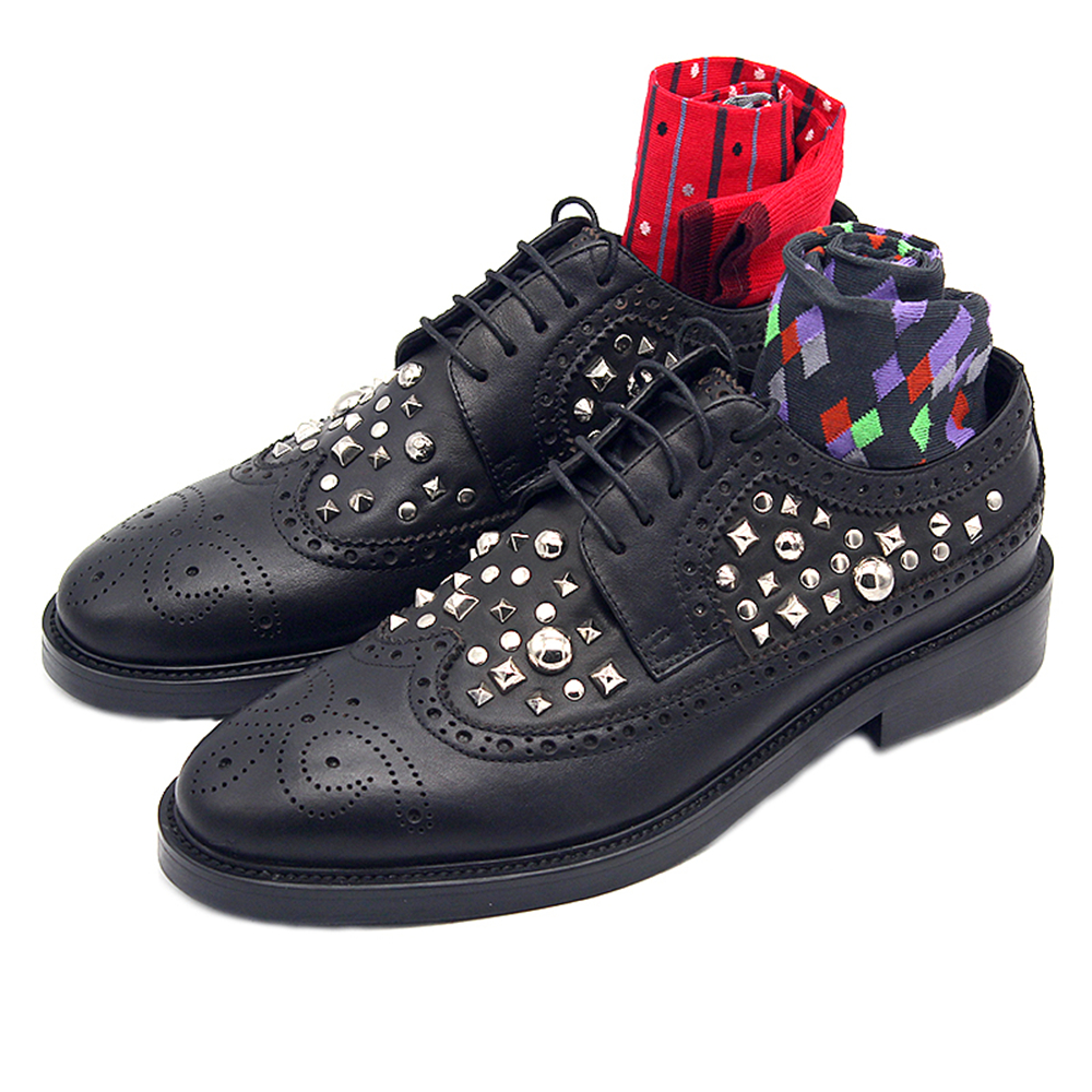 New men's shoes rivets Bullock formal shoes men carved lace shoes black handmade derby shoes chaussures homme стоимость