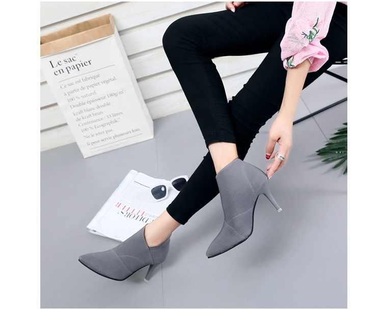 SLYXSH Kadın Ayakkabı Slip-On Retro Yüksek Topuk bileğe kadar bot Zarif Cusp İngiltere Rahat kısa çizmeler Kadın Sivri Burun Stiletto Ayakkabı