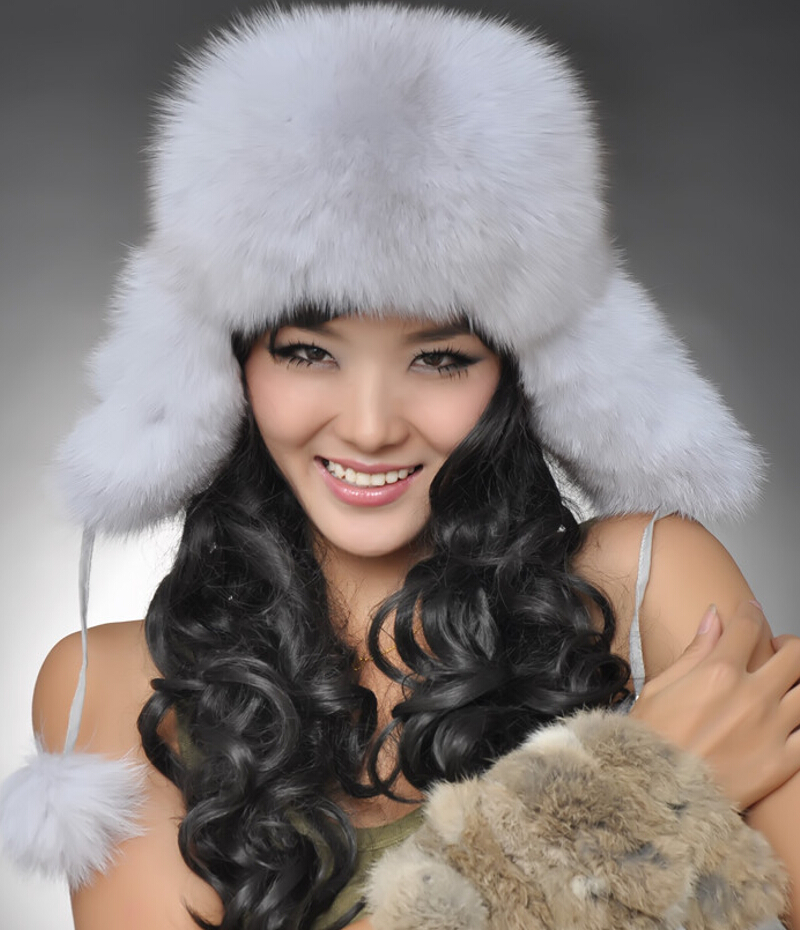 2016 Hot Sale Real Fox Fur Hats Women Warm Fur Bomber Hats for Russian Winter Leifeng Caps 8 Color in Stock