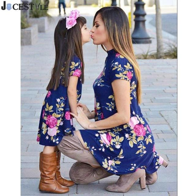 ca5d6c19029a Mother Daughter Matching Dresses Spring Autumn 2018 Matching Outfits Floral  Print Mom And Girl Clothes Short Sleeve Family Dress