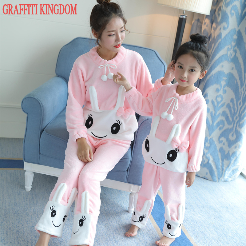 Brand boutique Mother and daughter Winter Pajama Sets Family Clothing tops + pants Sleepwear suit Girls underwear set Homewear sheep embroidered top and pants pajama set