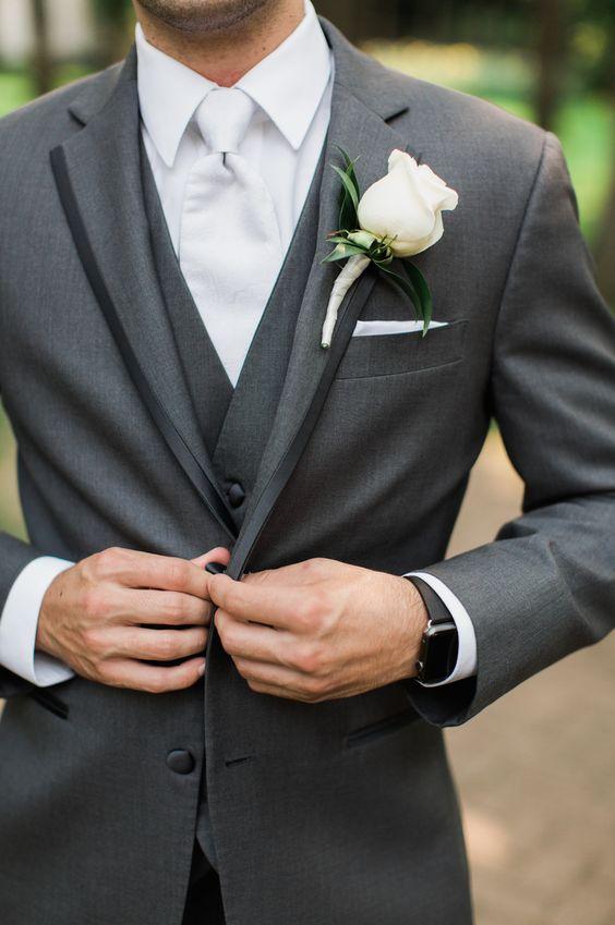 Custom Made Two Button Män Slim Fit Suit Bröllop brudgummen Tuxedos - Herrkläder