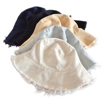 Female Burrs Bucket Hats 1
