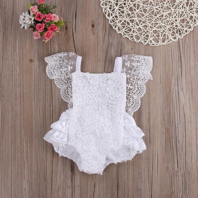 בגדי תינוקת תלבושות חליפת קיץ בגד גוף תחרה פרחונית יפה לבנה תחרת Bodysuits תינוק 0-18 חודשים עבור מסיבת יום הולדת Bodysuits