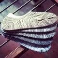 5 пар Мужчины Носки Случайные Классические Мужские Невидимым Лодка Носки Тапочки Мелкая Рот Не Показывать полоса Противоскольжения силиконовые Мужчины Носки
