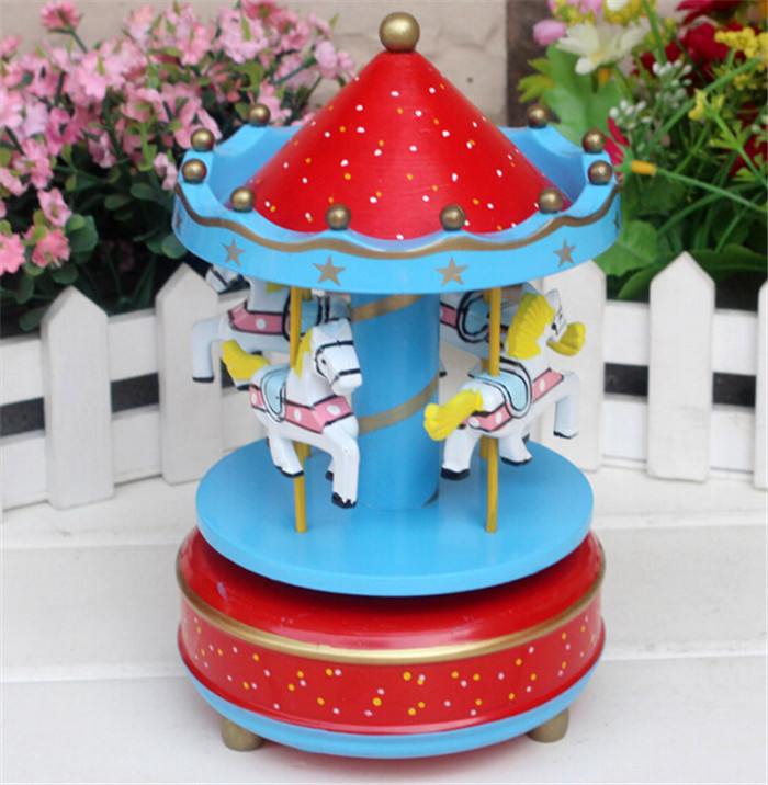 40pcs/lot Animated Classic 4 Horse Go Round Musical Carousels Box