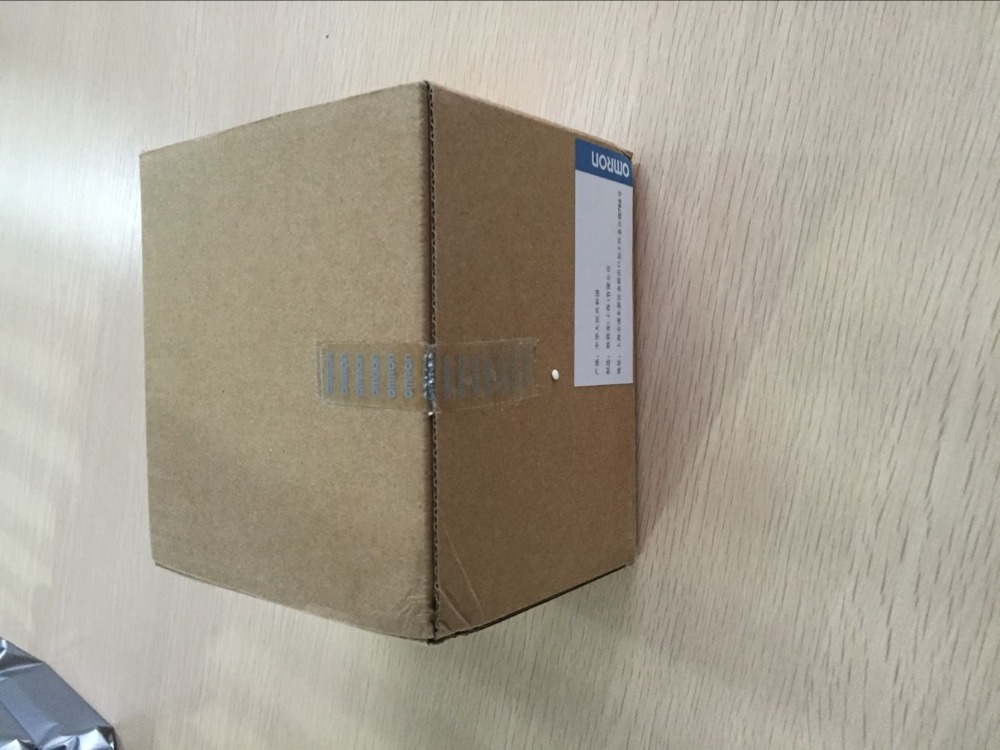 ФОТО PLC I/O Expansion module CP1W-8ED  DC24V 8 DI new in box well tested working three months warranty free shipping