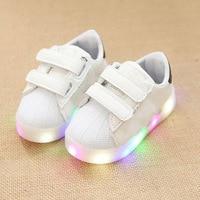 2017 Europese klassieke Nieuwe merk baby casual schoenen LED sneakers voor jongens meisjes schoenen casual gloeiende baby sneakers