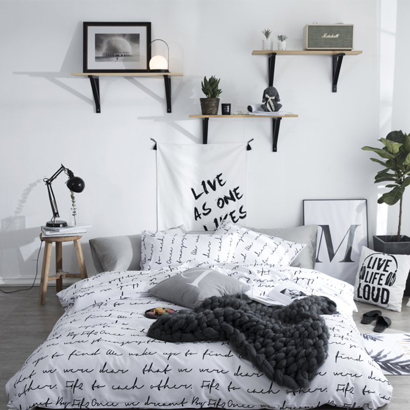 Letters Printed Bedding Set With Pillowcases Cotton Single Double Queen Duvet Cover Set White / Black Pattern Printed Bed Linens