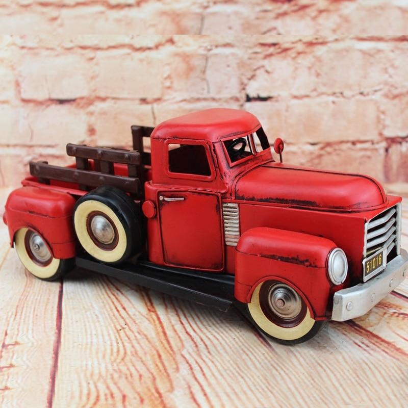 цена 1950Retro Pickup Truck Model 100% Handmade Old Iron Sheet Model GMC Trunk 1:12 Retro Metal Dectoration Pub CAFE