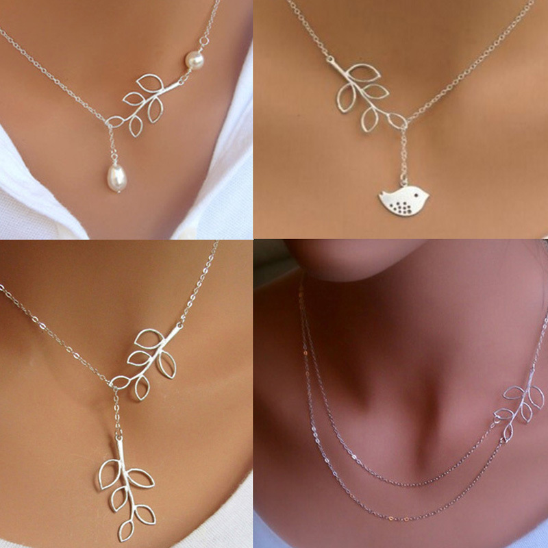 European And American Jewelry Metal Leaf Necklace Simple Pearl
