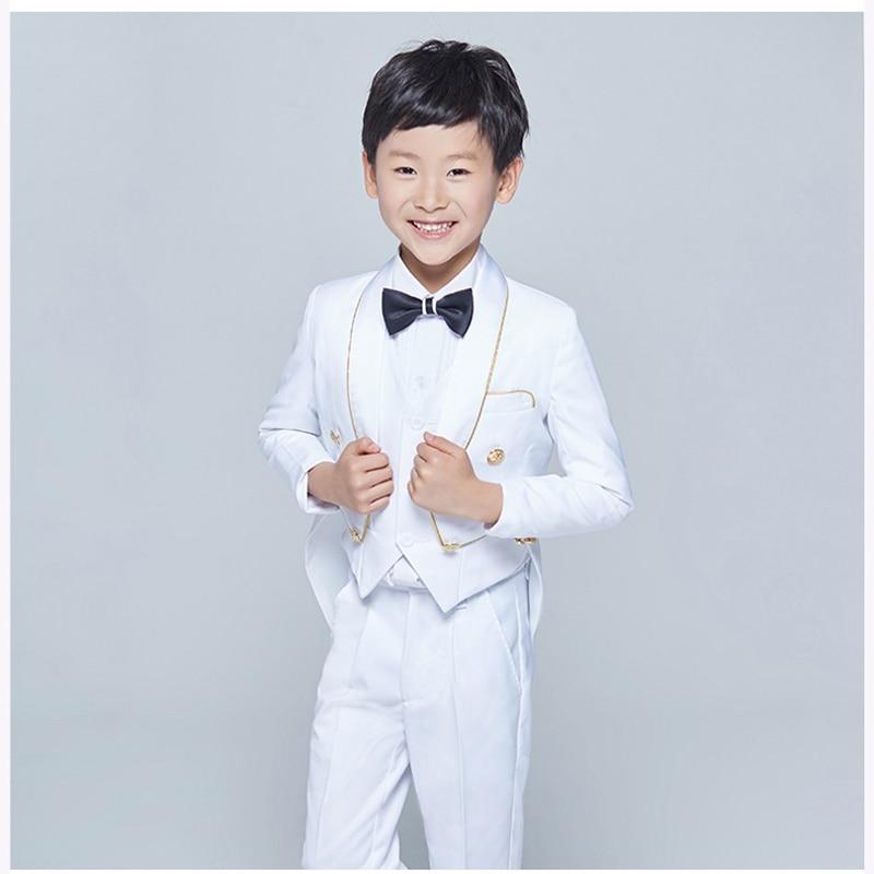 Tailcoat Châle Revers Enfants garçon Costume Smoking Noir Blanc Enfant De  Mariage De Bal Costumes Pour Les Petits Messieurs garçons (Veste + gilet +  ... 8718b04b61e