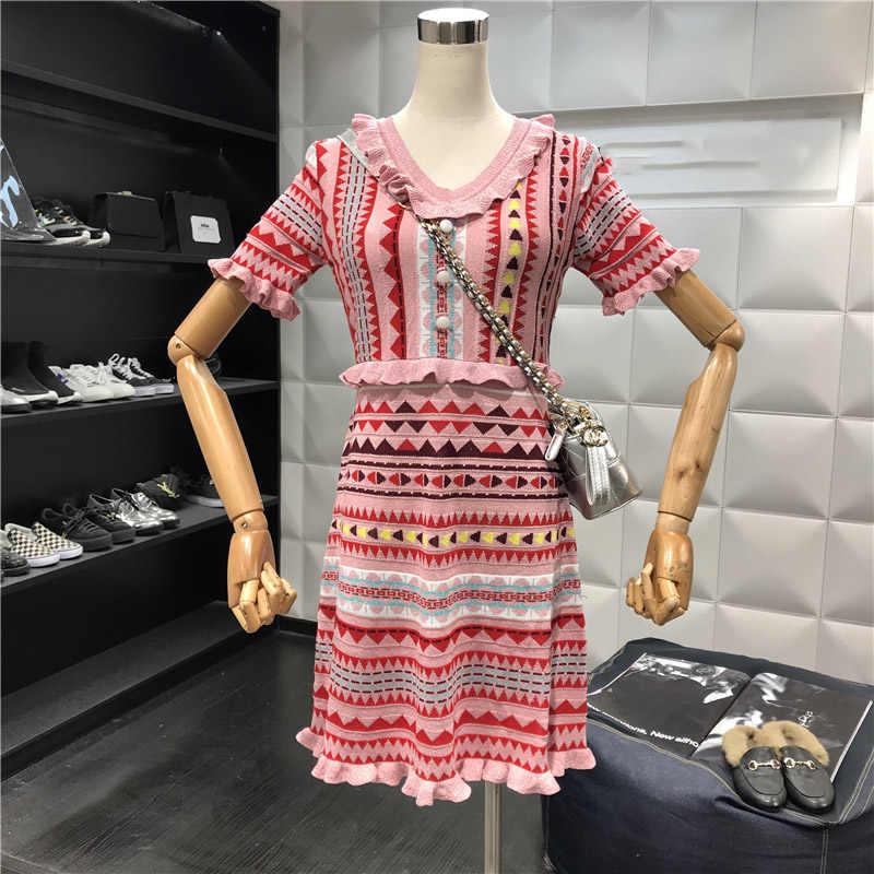 2018 летний женский свитер в богемном стиле платье уличная Розовая Трикотажная одежда с короткими рукавами летнее узкое жаккардовое платье-свитер