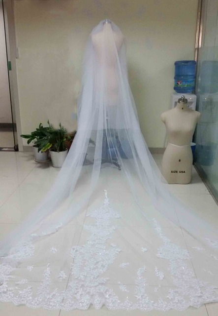 4 Meters White/Ivory Beautiful Cathedral Length Lace Edge Wedding Bridal Veils With Comb Long Bridal Veil Voile Mariage 2016