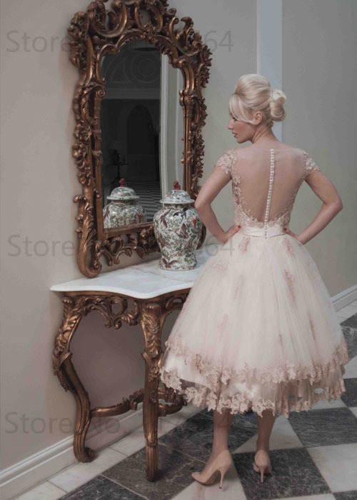 d42ae6befae 2016 Glamorous Cap Sleeve Applique Tulle Cocktail Dresses Girls Party Dress  PM115-in Cocktail Dresses from Weddings   Events on Aliexpress.com