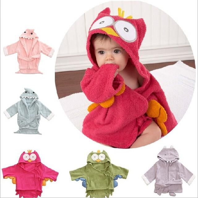 2017 Bata De Algodón Del Bebé Con Capucha Pijamas embroman la ropa de Baño Infantil bata Batas de Baño Del Bebé Toalla Con Capucha Bebé Toalla Bebé animales