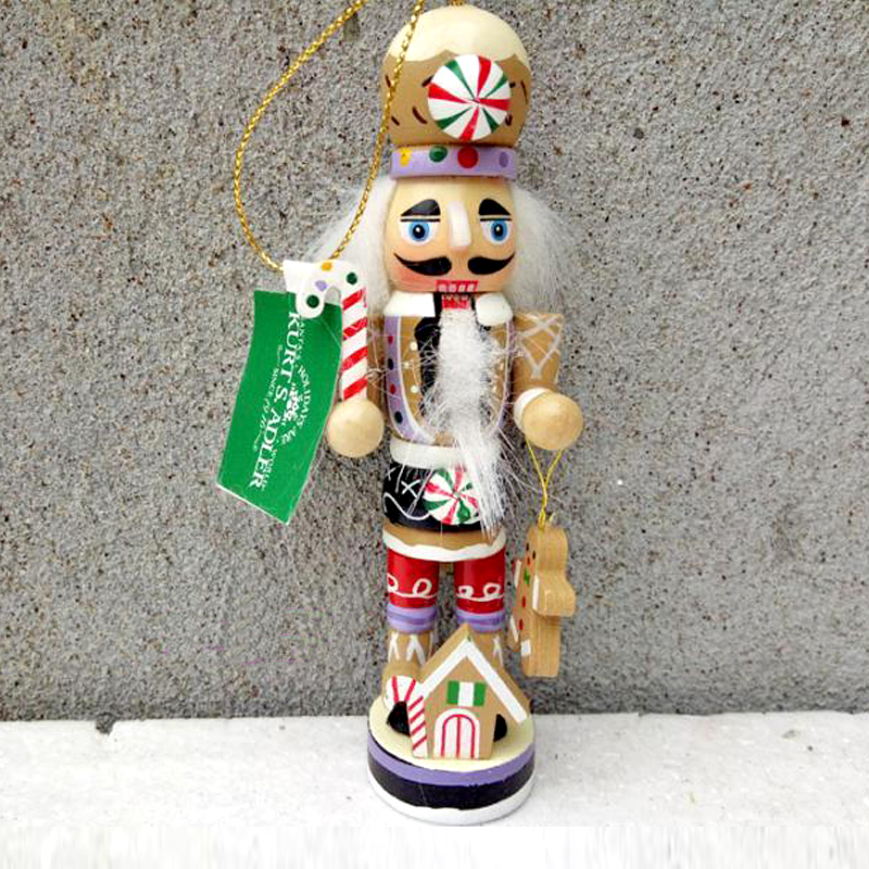 free shipping 12cm new wooden cartoon Candy people European and American wind puppet christmas nutcracker doll child gift